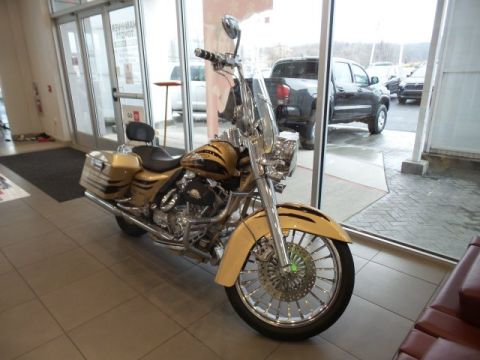 Pre-Owned 2003 Harley Davidson FLHRSEI2